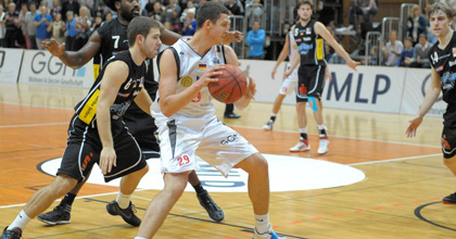 Bayern Munich acquisition Paul Zipser in action for Heidelberg - vaf-Foto