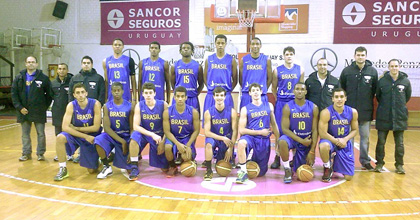 The Brazilian U18 national team played at the NIJT in Milan. Coach Pablo Costa (back row third from right) talked to Taking The Charge about the experience there looking forward to the U18 FIBA Americas Championship.