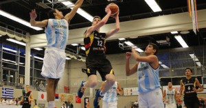 Philipp Herkenhoff goes up for a lay-up against Argentina on Day Two of the 2016 Albert Schweitzer Tournament - Photo DBB