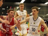Ferdinand Zylka (white #10) goes at the Turkish defense in Germany's big victory on Day Three of the AST - Photo DBB