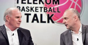 Uli Hoeness discusses the state of basketball in Germany with Frank Buschmann at the Telekom Basketball Talk - photo by Telekombasketball.de