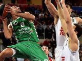 Adam Hanga is doing a great job for Baskonia this season in the EuroLeague. He also has helped Hungary to EuroBasket 2017. But will he be able to play next summer? He talks about it with TTC - photo EuroLeague