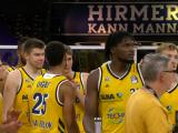 Berlin nearly blow 27-point lead, but beat Göttinen